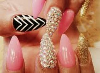 How to remove acrylic nails at home